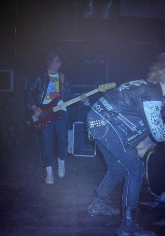 Altti and Pete. Lepakko '85.